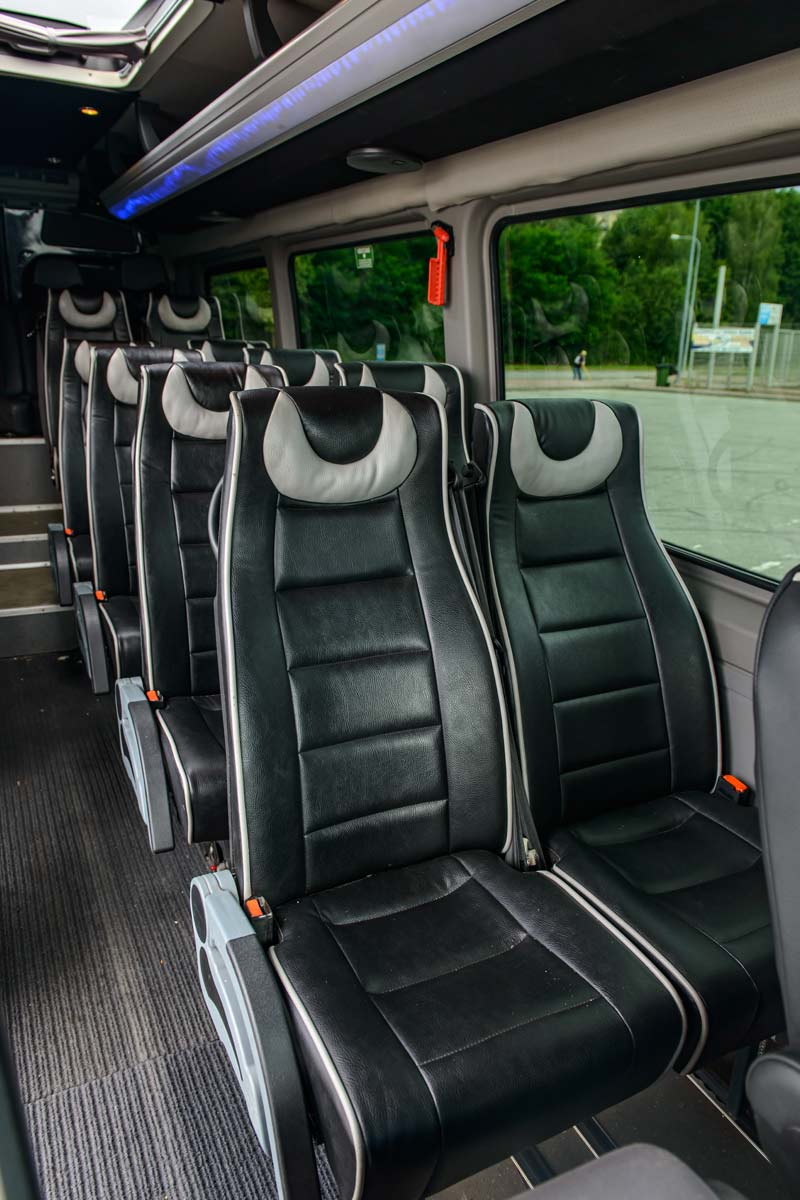 Крісла мікроавтобусу Mercedes Sprinter 516.