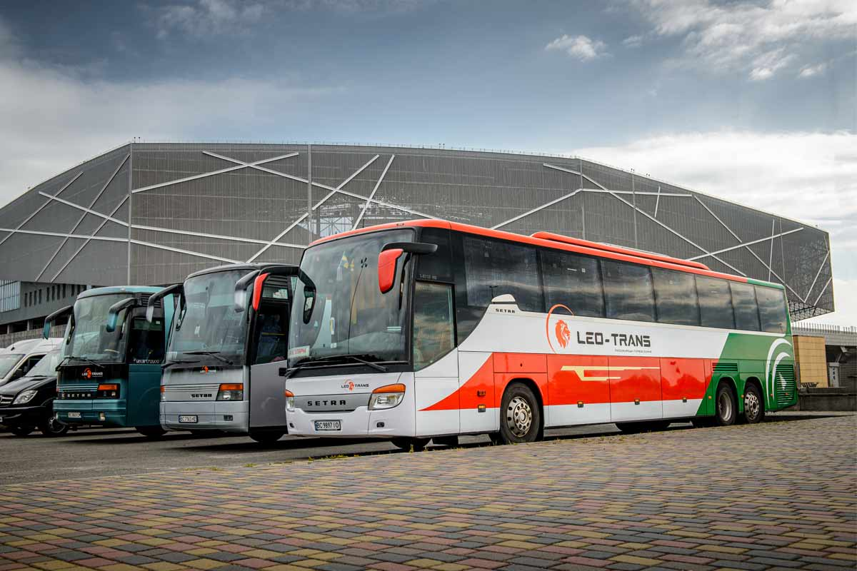 Пасажирські перевезення автобусом у Львові.